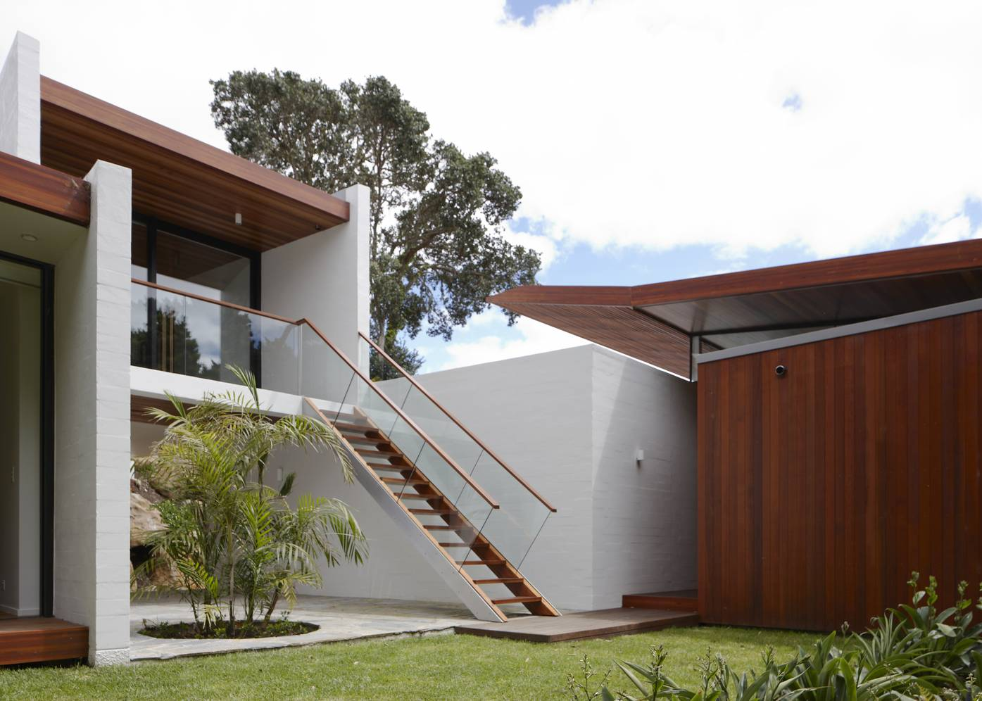 Bay of Islands house by Herbst Architects