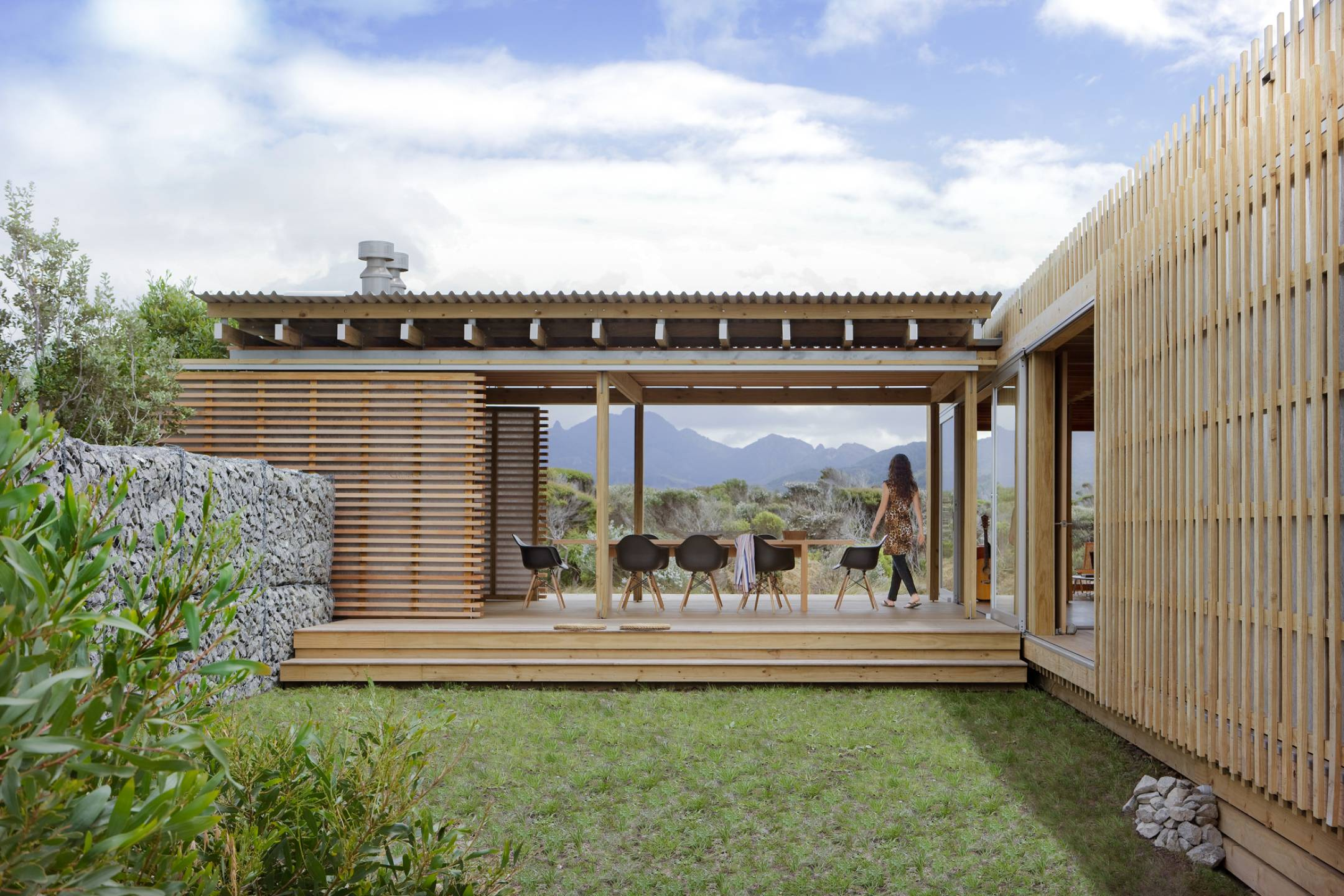 Kaitoke bach herbst architects for Beach bach designs